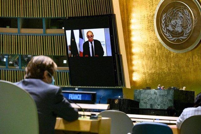 El ministro de Asuntos Exteriores de Francia, Jean-Yves Le Drian ante la Asamblea General de Naciones Unidas