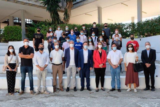 La delegada de Educación y Deporte visita el IES Núm. 1 Universidad Laboral, primer Centro Educativo de Excelencia Deportiva en Málaga