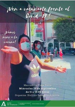 Cartel para promover la vacunación contra el covid-19 en la Plaza Pavía de Almería.