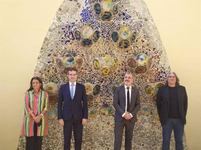 La directora general de Turisme de Barcelona, Marian Muro;  el president de Turisme de Barcelona, Eduard Torres;  el primer tinent d'alcalde de Barcelona, Jaume Collboni; i el regidor de Turisme i Indústries Creatives, Xavier Marcé, aquest dimarts