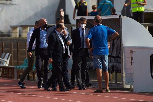 Archivo - Jose Castro Carmona, President of Sevilla, during friendly match between Sevilla Futbol Club and Union Deportiva Las Palmas at Municipal La Linea Stadium on July 22, 2021 in Cadiz, Spain.