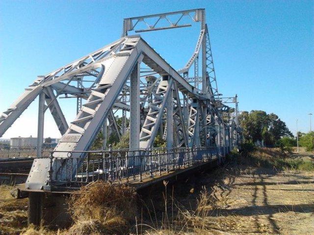 Archivo - Puente de Hierro
