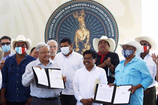 El presidente de México, Andrés Manuel López Obrador, en la petición de perdón a los pueblos yaquis.