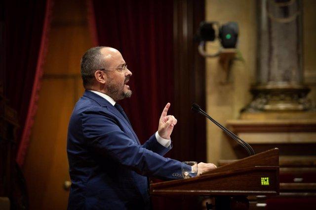El líder del PP en el Parlament, Alejandro Fernández, en el Debate de Política General en el Parlament