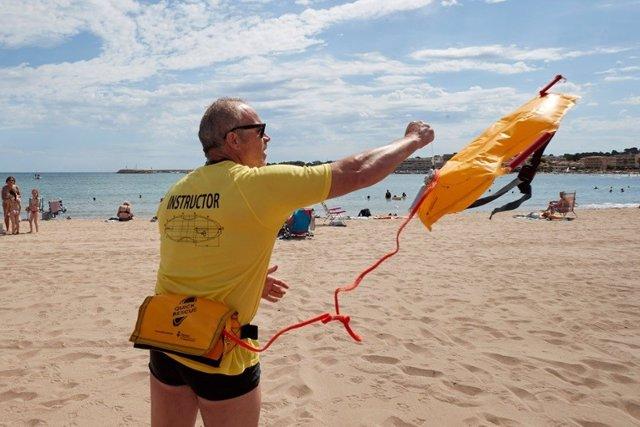 Archivo - Imagen del nuevo dispositivo para agilizar los rescates en ahogamientos en playas