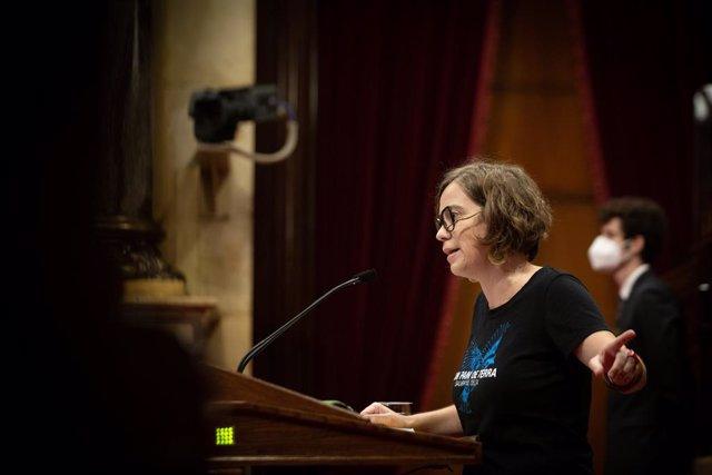 La diputada de la CUP al Parlament Eulàlia Reguant durant el debat de política general