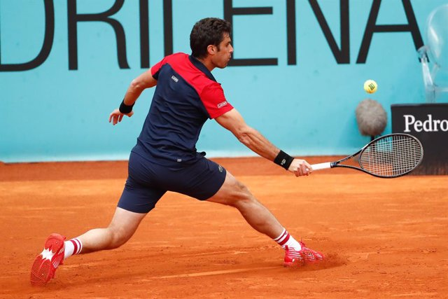 Archivo - Pablo Andujar of Spain in action during his Men's Singles Qualifying match against Mikhail Kukushkin of Kazakhstan on the ATP Masters 1000 - Mutua Madrid Open 2021 at La Caja Magica on May 1, 2021 in Madrid, Spain.