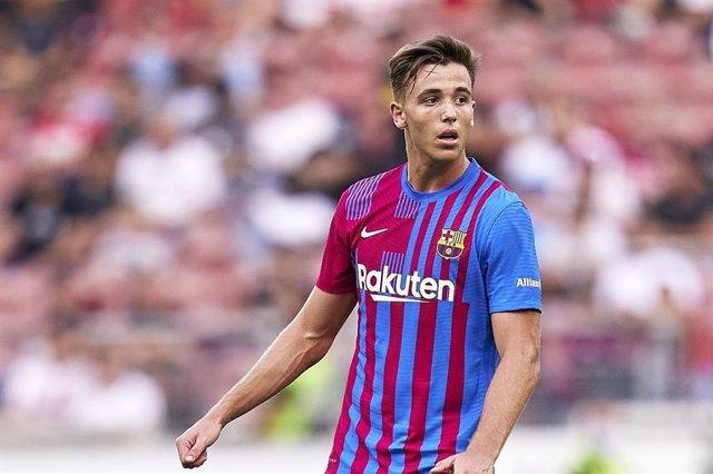 El jugador Nico González en un partido del FC Barcelona en LaLiga Santander 2021/22
