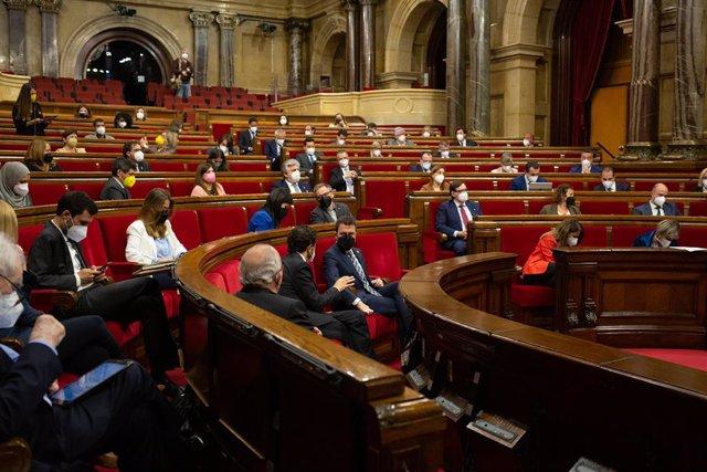 Archivo - Arxiu - Imatge de recurs de l'hemicicle del Parlament de Catalunya