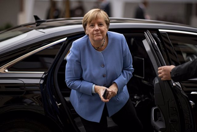 27 September 2021, Berlin: German Chancellor Angela Merkel arrives to attend the St. Michael Annual Reception 2021 of the German Bishops' Conference. Photo: Fabian Sommer/dpa