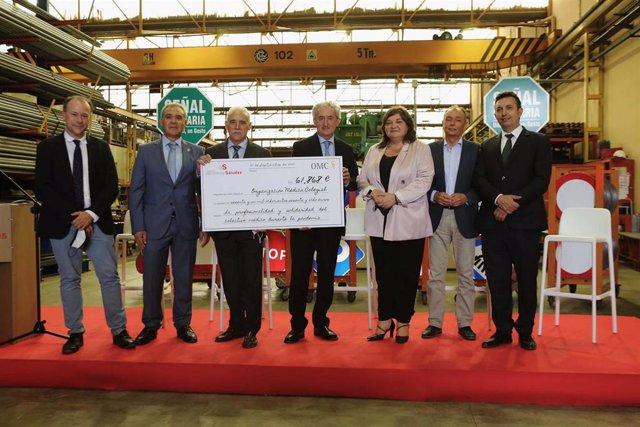 """Las """"Señales Solidarias"""" entregan a la FPSOMC más de 60.000€ para agradecer la labor de los sanitarios en la pandemia"""