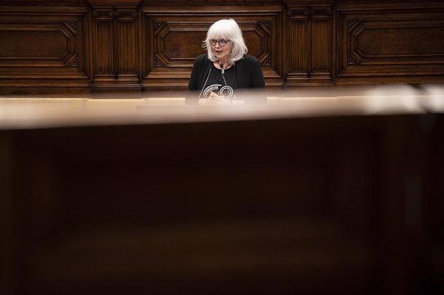 La líder de la CUP al Parlament, Dolors Sabater, en el debat de política general