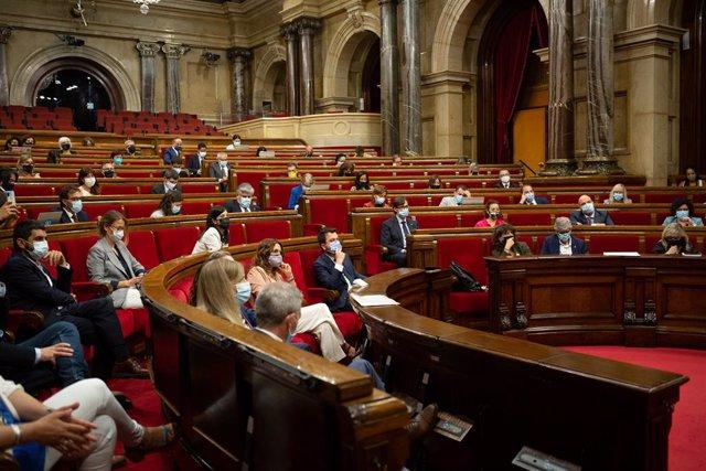 Vista general del ple del Parlament