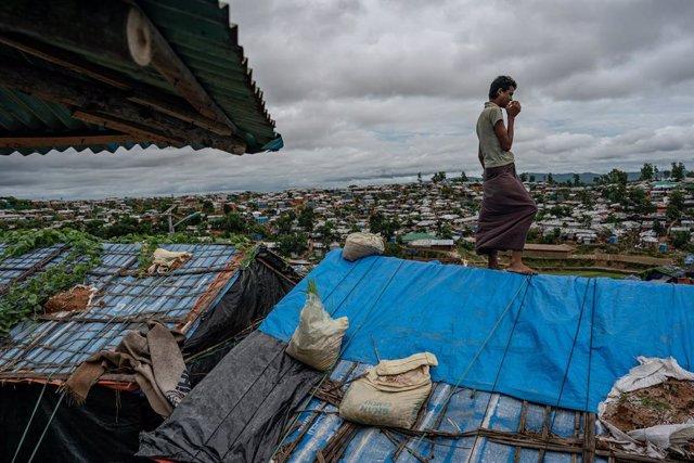 Archivo - Un refugiado rohingya en Cox's Bazar