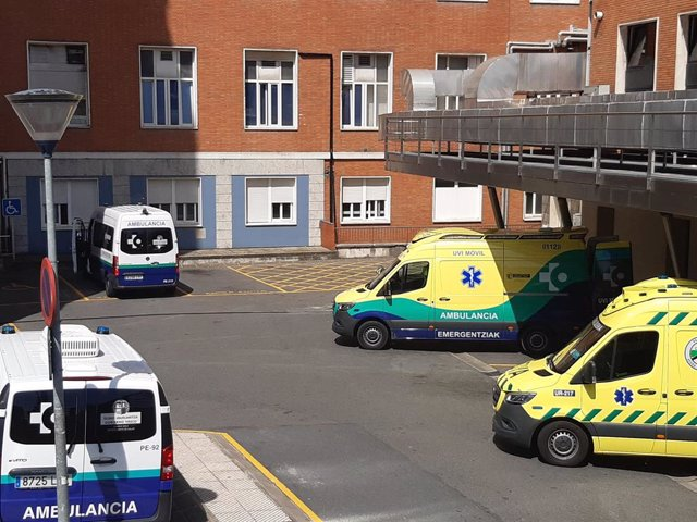 Archivo - Hospital de Cruces, en Barakaldo (Bizkaia)