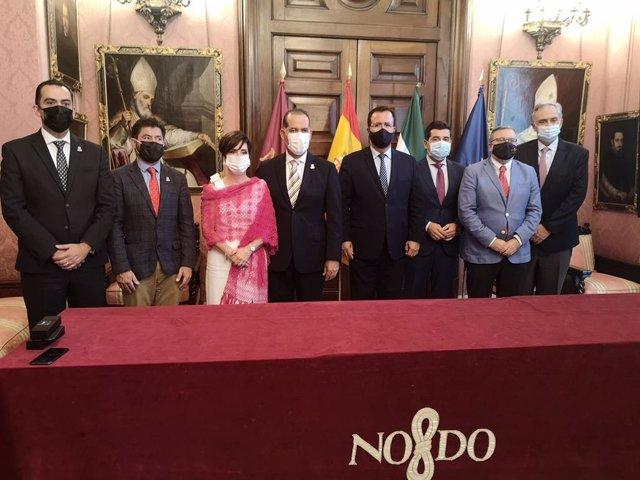 Firma de la declaración de intenciones entre el Ayuntamiento de Sevilla y el Estado de Aguascalientes de México