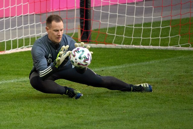 Archivo - FILED - 30 March 2021, North Rhine-Westphalia, Duesseldorf: Germany goalkeeper Marc-Andre ter Stegen in action during a training session. Marc-Andre ter Stegen and Matthias Ginter have returned to the Germany squad for October's World Cup qualif