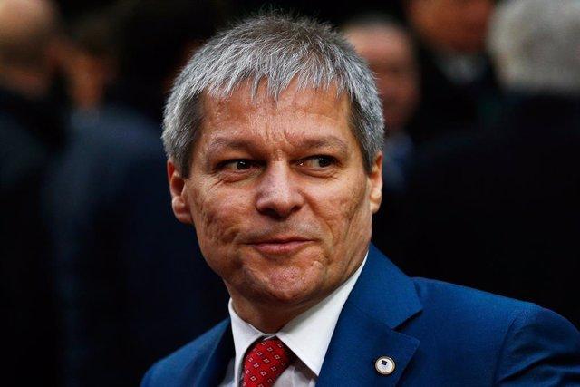 Archivo - El actual presidente del grupo liberal 'Renovar Europa' en el Parlamento Europeo y excomisario de Agricultura de la Unión Europea, Dacian Ciolo.