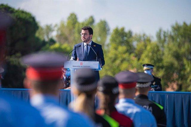 El president de la Generalitat, Pere Aragonès, durant l'acte d'entrega de diplomes de la 34 promoció de l'Escola de Policia de Catalunya