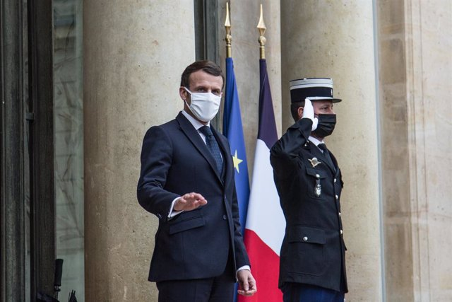 Archivo - 27 January 2021, France, Paris: French President Emmanuel Macron receives Bah Ndaw, the Interim President of Mali (not pictured), at the Elysee Palace. Photo: Sadak Souici/Le Pictorium Agency via ZUMA/dpa