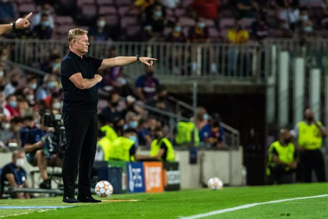 Ronald Koeman, head coach of FC Barcelona, gestures during the UEFA Champions League, football match played between FC Barcelona and Bayern Munich at Camp Nou Stadium on September 14, 2021, in Barcelona, Spain.