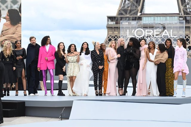 """PARIS, FRANCE - OCTOBER 03: walks the runway during """"Le Defile L'Oreal Paris 2021"""" as part of Paris Fashion Week on October 03, 2021 in Paris, France. (Photo by Pascal Le Segretain/Getty Images For L'Oreal)"""