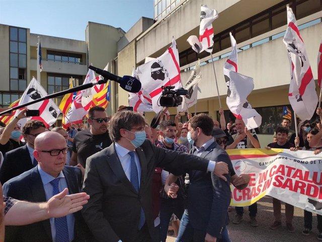 L'expresident de la Generalitat Carles Puigdemont arriba al Tribunal d'Apel·lació de Sàsser (Itàlia) per declarar