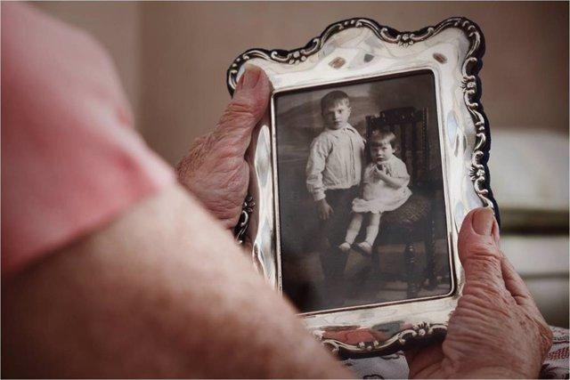 Archivo - Soledad, tristeza, recuerdos