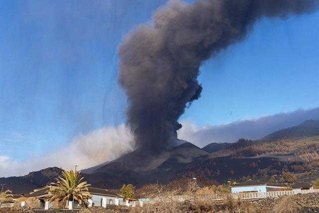 Arxiu - El volcà Cumbre Vieja de l'illa de La Palma