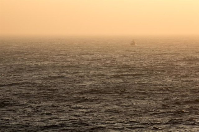 Archivo - Un ferry en aguas del canal de la Mancha