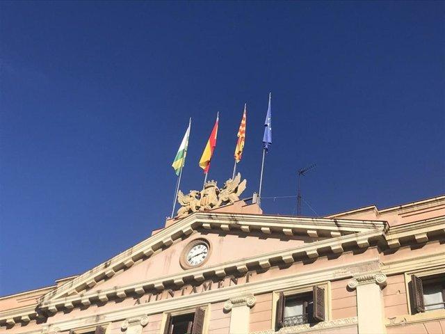 Archivo - Arxiu - Façana de l'Ajuntament de Sabadell