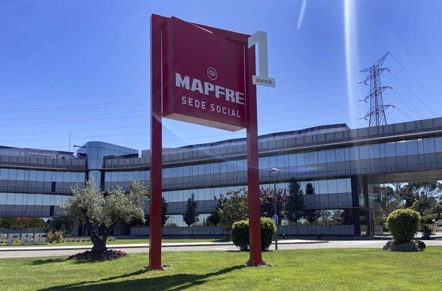 Archivo - Sede de la aseguradora Mapfre en Majadahonda, a 17 de mayo de 2021, en Madrid (España).