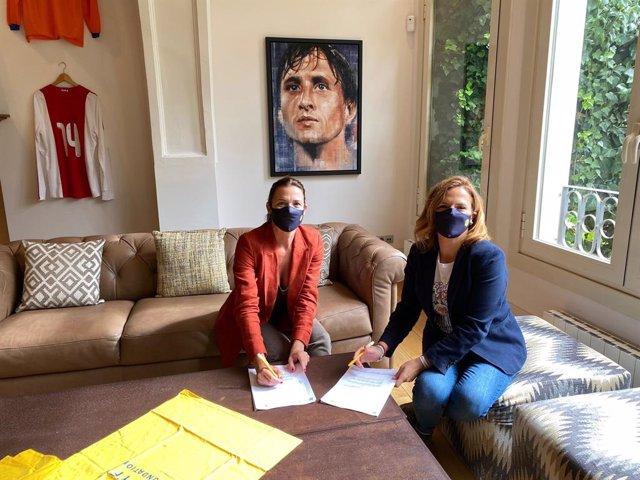 La Fundación Deportiva Municipal del Ayuntamiento de València firma un convenio de colaboración con la Fundación Johan Cruyff