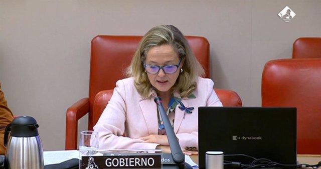 La vicepresidenta primera y ministra de Asuntos Económicos y Transformación Digital, Nadia Calviño, durante la presentación del Informe Anual de 2020 de Amcesfi