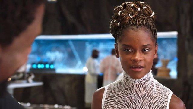 Black Panther 2: Letitia Wright promueve ideas antivacunas en el set de Wakanda Forever