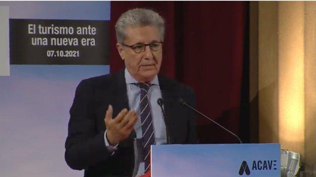 El president d'Acave, Martí Sarrate, en la presentació del XXI Fòrum Acave