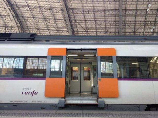 Un tren de Renfe en una imatge d'arxiu.