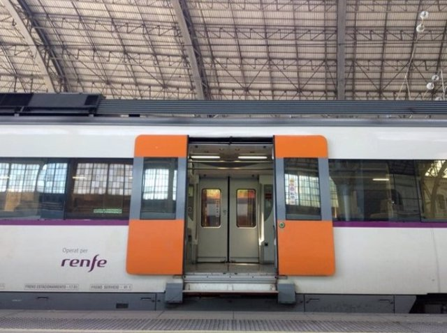 Arxiu - Un tren de Renfe