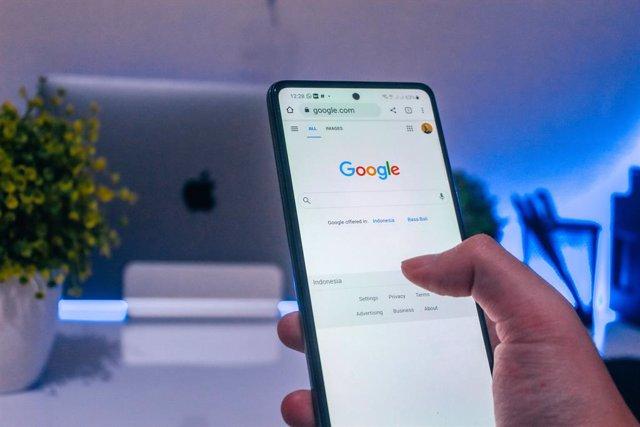 Buscador de Google en un móvil Android.