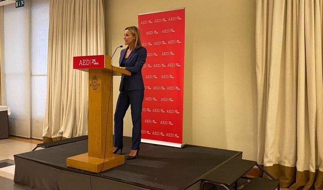 La presidenta i CEO de Savills Aguirre Newman Barcelona, Anna Gener, durant la seva intervenció en la trobada