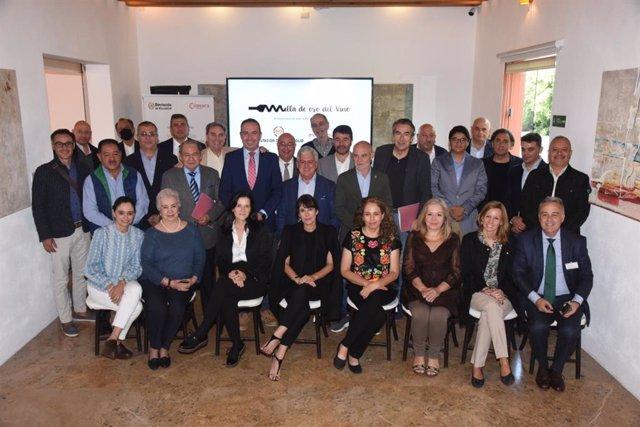 Foto de familia del encuentro de promoción de la provincia de Valladolid en Puebla (México).