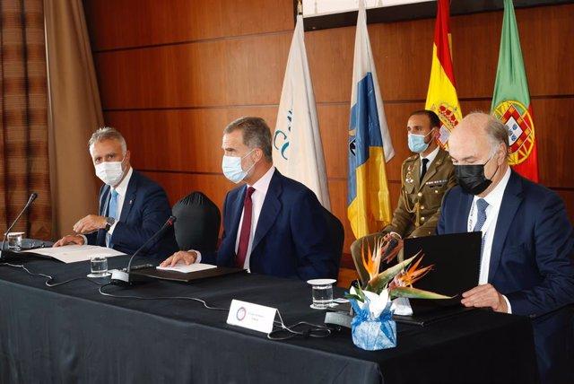 El rey Felipe VI (en el centro), en la clausura del 'I Encuentro de Ministros de Justicia de los Países de Habla Española y Portuguesa'