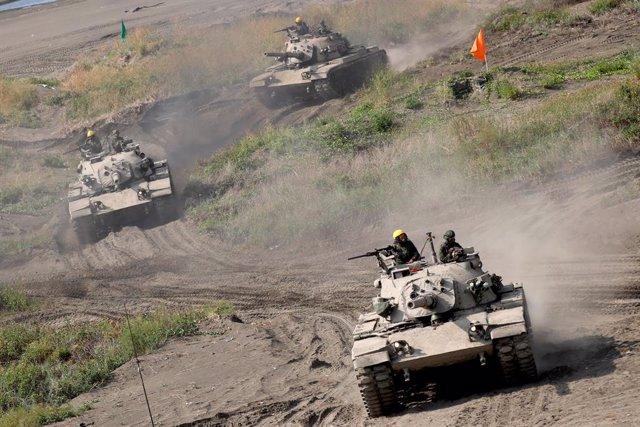 16 September 2021, Taiwan, Tainan: Taiwanese M60-A3 tanks take part in the 37th Han Kuang military exercise. Photo: Daniel Ceng Shou-Yi/ZUMA Press Wire/dpa