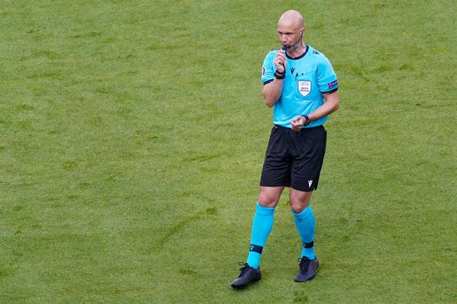 Archivo - Referee Anthony Taylor during the UEFA Euro 2020, Group F football match between Portugal and Germany on June 19, 2021 at Allianz Arena in Munich, Germany - Photo Andre Weening / Orange Pictures / DPPI