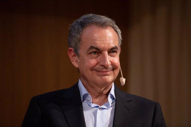 Arxiu - L'expresident del Govern central José Luis Rodríguez Zapatero