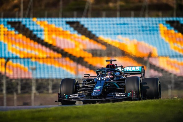 Archivo - 44 HAMILTON Lewis (gbr), Mercedes AMG F1 GP W11 Hybrid EQ Power+, action during the Formula 1 DHL Turkish Grand Prix 2020, from November 13 to 15, 2020 on the Intercity Istanbul Park, in Tuzla, near Istanbul, Turkey - Photo Antonin Vincent / DPP