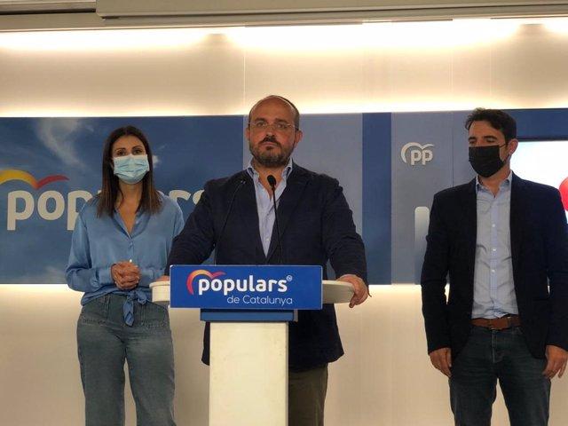 El president del PP català, Alejandro Fernández, en la roda de premsa a la seu del PP de Barcelona