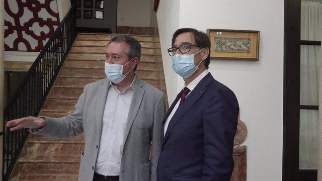 El secretari general del PSOE-A, Juan Espadas, i el president del PSC al Parlament, Salvador Illa