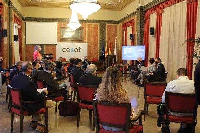 La jornada sobre la descarbonització de l'economia a Cecot