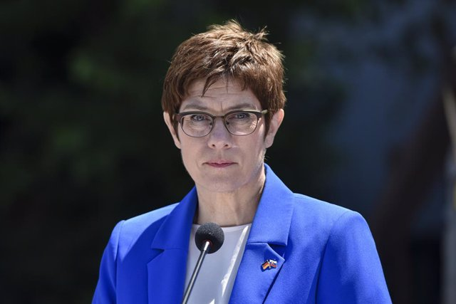 Archivo - La ministra de Defensa de Alemania, Annegret Kramp-Karrenbauer